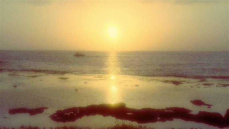 Dreamy غروب طرابلس لبنان Romantic Love Tripoli TripoliLB ... (Corniche El Mina Tripoli)
