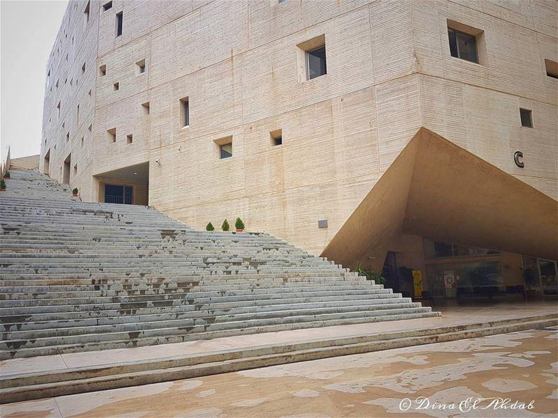 L'architecture; une tournure d'esprit...____ 961lens usjliban ... (Université Saint-Joseph - Campus de L'innovation et du Sport (CIS))