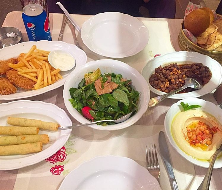 Amazing lebanese dinner @leilaminlebnen , on your cheat day you can add...
