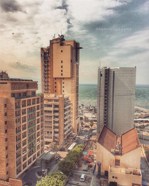 🌸 Beirut 🌸 • insta_lebanon ig_lebanon lebanon_pictures ... (Raouché)
