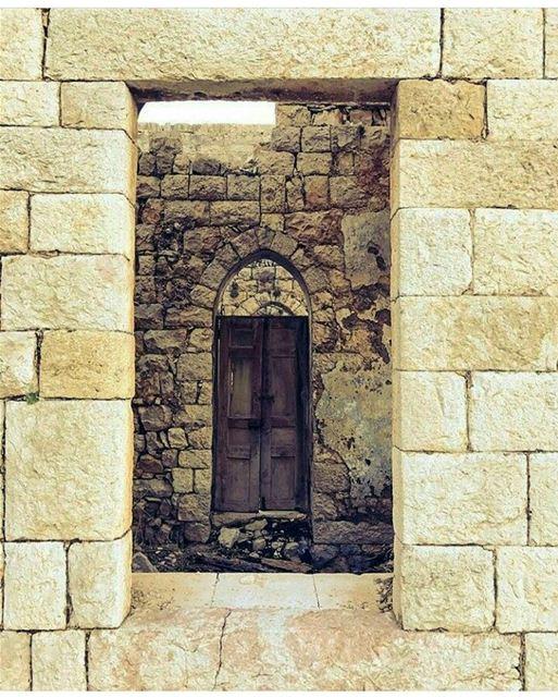 Happy Sunday! 😁 livelovedouma mynorth northlebanon livelovebeirut ... (Douma, Liban-Nord, Lebanon)