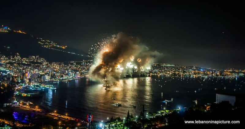 Pictures and Videos from the Jounieh Fireworks Show 2017 (And not so many critics)