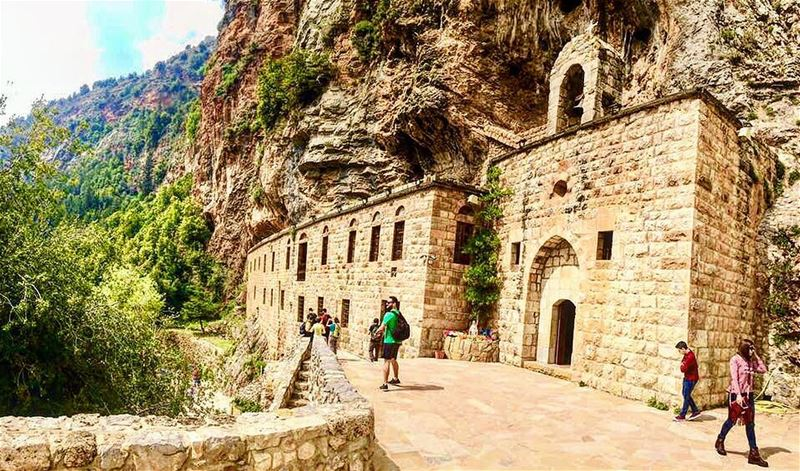 🇱🇧⛰⛪️⛰ 🇱🇧 nature naturephotography history family trip vacation... (Wadi Qannubin, Liban-Nord, Lebanon)