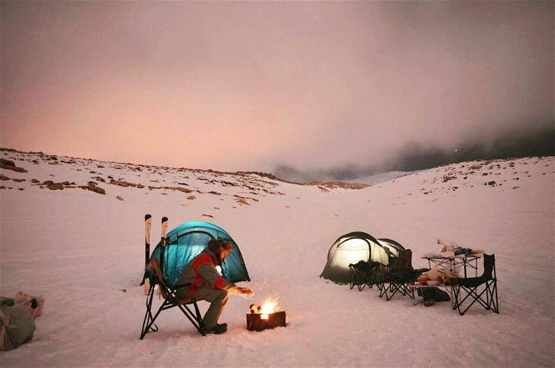 Discover the beauty of winter ❄⛺ by @elieggemayel Via @abihannabeindy -----
