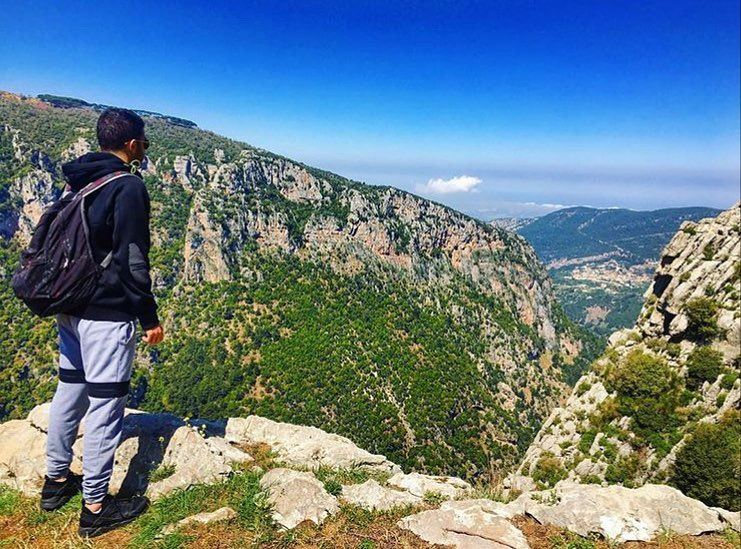 🔃🇱🇧⛰🌿🍃⛰ 🔃 nature naturephotography history family trip vacation... (Wadi Qannubin, Liban-Nord, Lebanon)