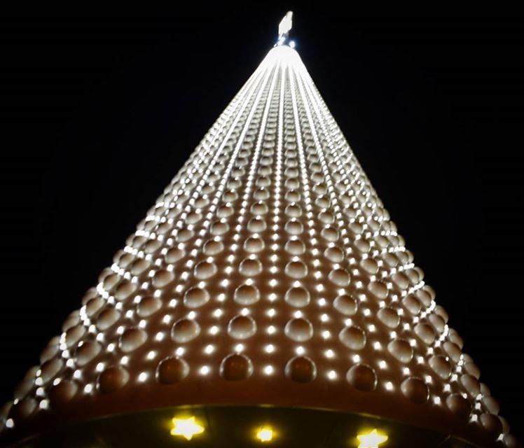 jounieh christmastree blackandwhite lights December2017 ... (جونية - Jounieh)