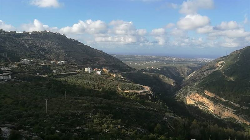 """""""Nature is the art of GOD"""" winterpic vacationmodeon morningpic todayspic... (Moghr El Ahoual, Liban-Nord, Lebanon)"""