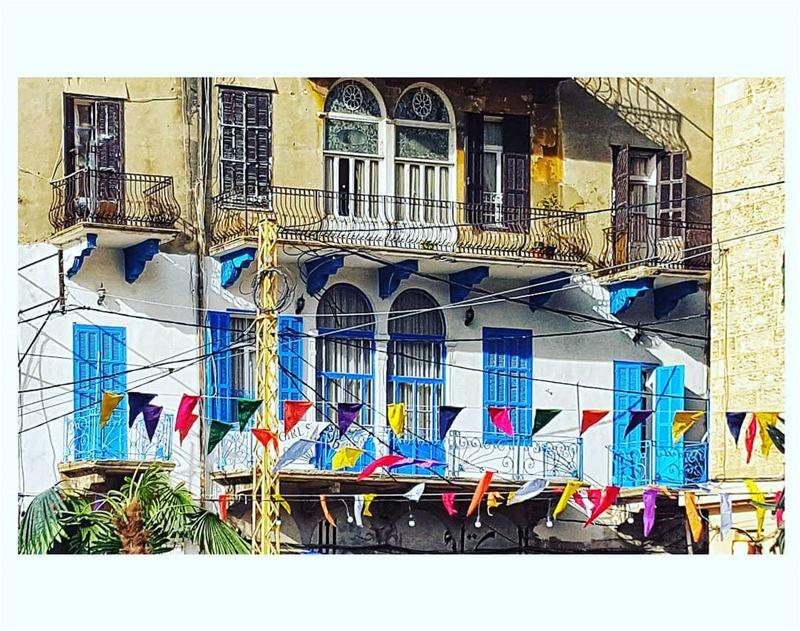 ( neighbors Vs noneighbors ) ••• festival streetfestival monot ... (Monot Street)