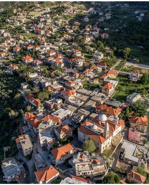 A weekend in the mountains ...By @rami_rizk89---------------------------- (Douma, Liban-Nord, Lebanon)