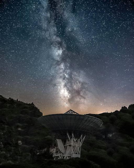 E.T. PHONE HOME !!!!!..... livelovebeirut insta_lebanon ... (Aarbânîye, Mont-Liban, Lebanon)