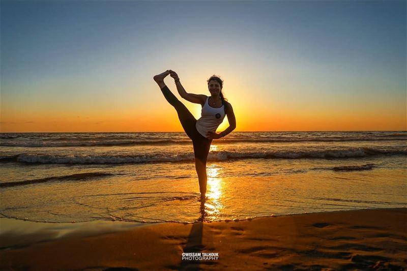 If you can't find your balance, create it... balance yoga yogalife ... (La Siesta)