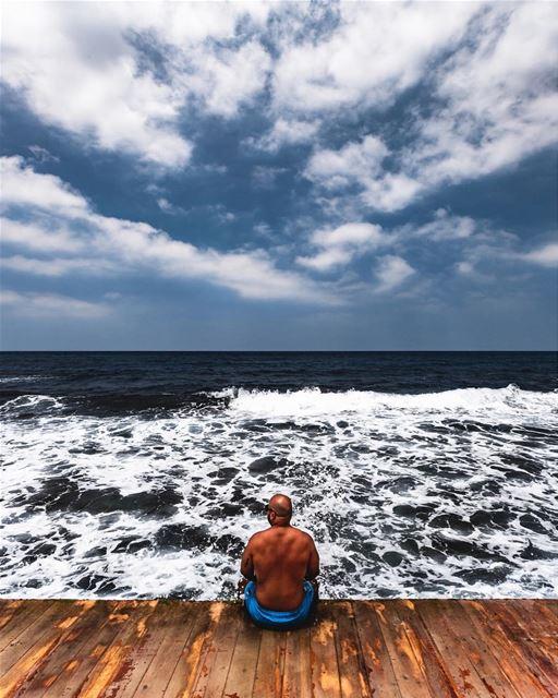 """ Smell the sea and feel the sky ""📷 @mikhaelbitar .... Lebanon ... (Kalani Resort)"