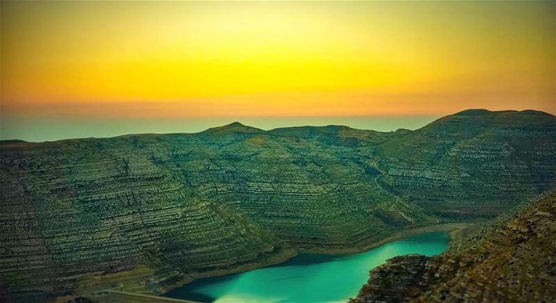 ..Sunset 🌅 from F͙A͙R͙A͙Y͙A͙ 🇱🇧.———————————— sunsetlovers faraya ... (Chabrouh-Faraya)