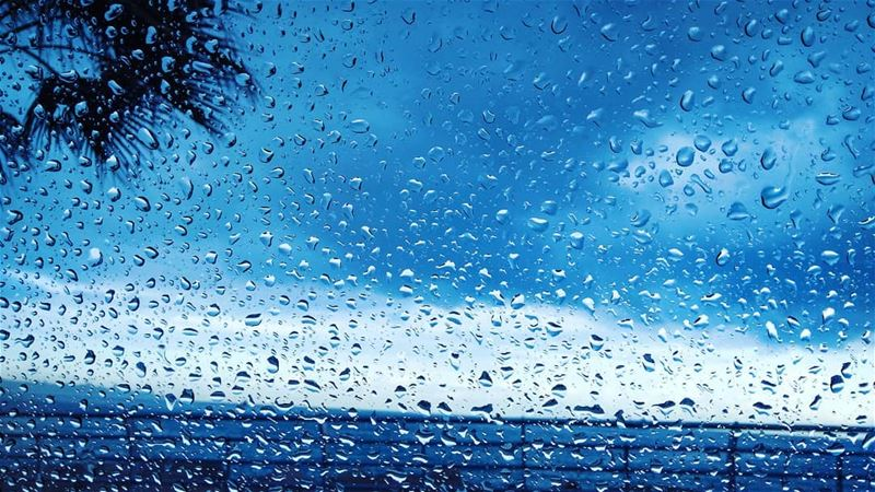 wintertime picoftheday instaweather beautiful pics rain picture ... (Joünié)