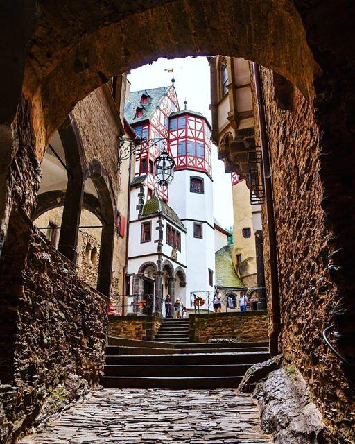 burgeltz..................................... germanvision ... (Burg Eltz Castle, Germany)