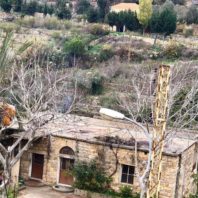 Traditional homes in the area were always built with flat rooftops where... (Dayr Al Qamar, Mont-Liban, Lebanon)