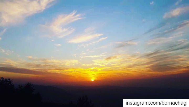 sunset sunsetmadness sunset_addict earth videooftheday sunset_today ...