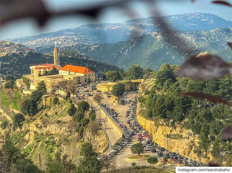 What's better than starting my 2019 with a visit to my favorite place and... (Annâya, Mont-Liban, Lebanon)