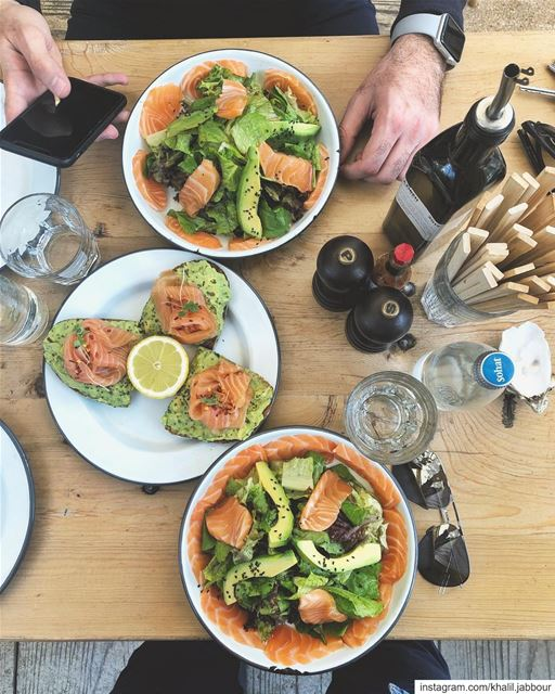 *lunchtime•••••• meatthefish salmon avocado delicious lunch ... (Meat The Fish)