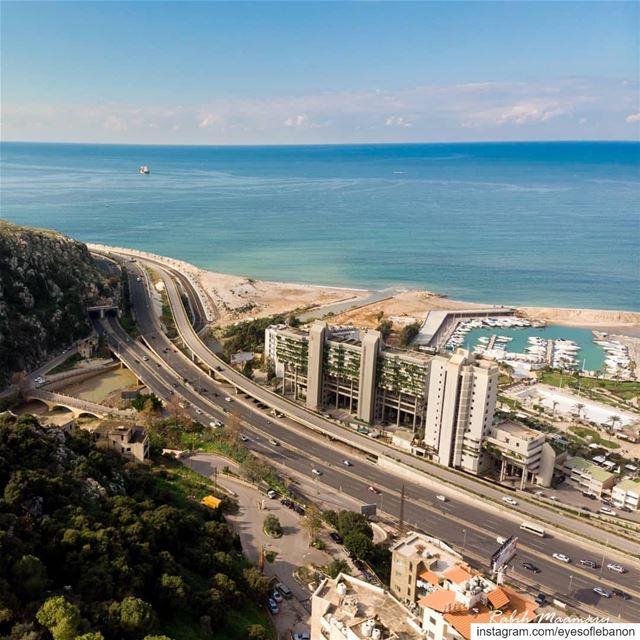 صباح الخير من ضبية credits to @rabih_maamary・・・رجعت لعنا الامجاد..... (Dbayeh, Mont-Liban, Lebanon)