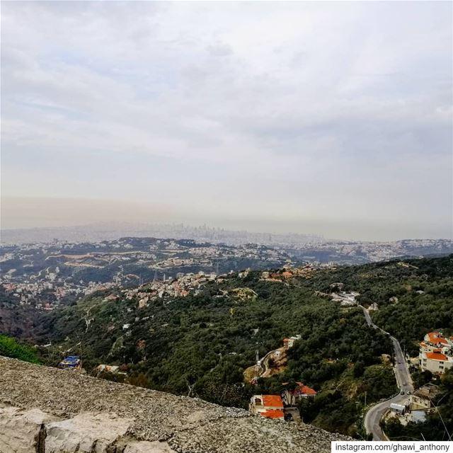 من مفرق الوادي... صباحو 💚_______________________________ morning post... (Mount Lebanon Governorate)