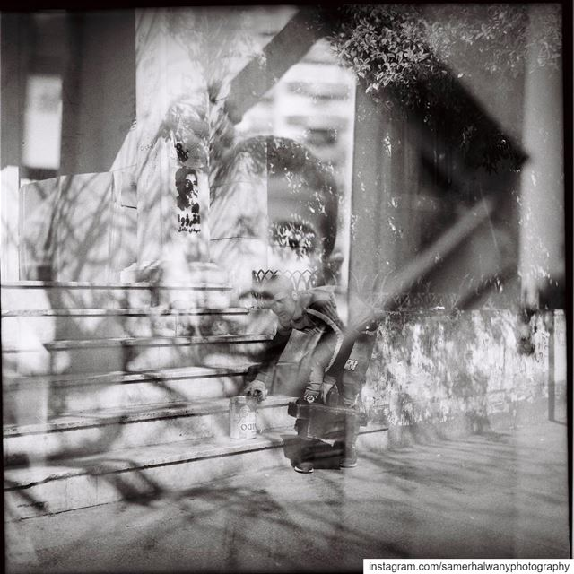 Exposure on refugees!...behind the twinlensreflex of my lubitel camera ...