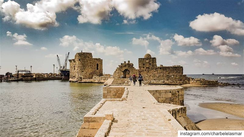 Float livelovesaida saida sidon jnoub south livelovejnoub ... (Sidon Sea Castle)