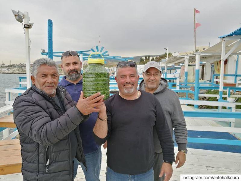 بعد شرح فوائد و طريقة تحضير حشيشة البحر، تم وضعها بقطرميز و ستصبح جاهزة للأ (Lebanon)