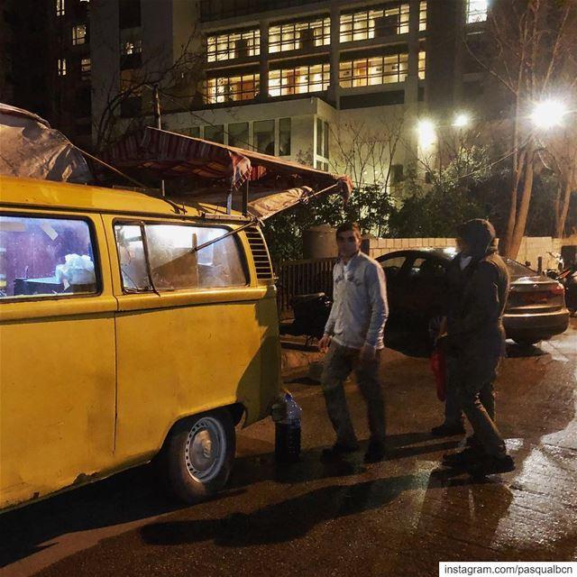Night coffee streetphotography nightphotography coffee city nightlife... (Hamra, Beyrouth, Lebanon)