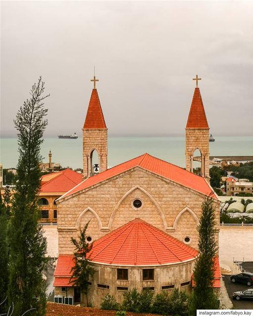 _________ Jieh ________Lebanon ... Sunday lebanon church cloudy croix... (Jieh الجية)