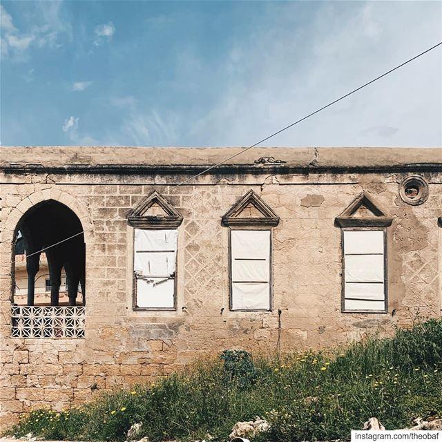 Abandoned beauty........ abandoned abandonedplaces anfeh ... (Anfeh Al-Koura أنفه الكورة)