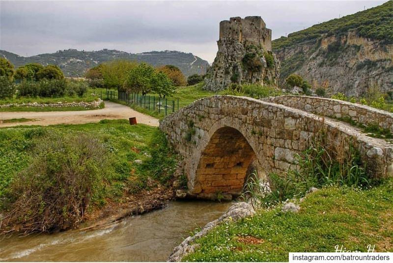 batroun hamat msaylha castle fortress bridge river bebatrouni ... (Mseilha Fort)