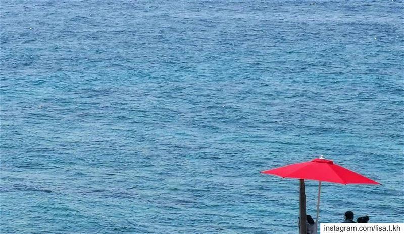theredumbrella ✨....... summer life red art_spotlight ... (Kfar Abida)
