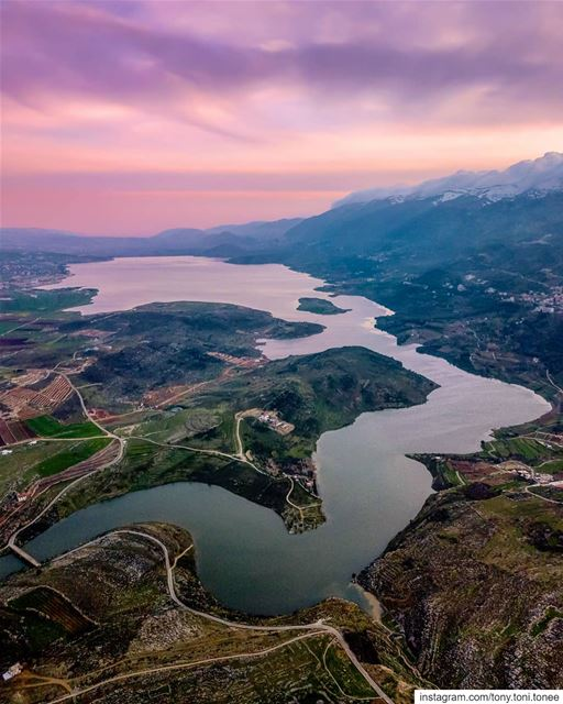 Still chasing sunsets !!!.Things will come to you maybe not as you... (Lake Qaraoun)