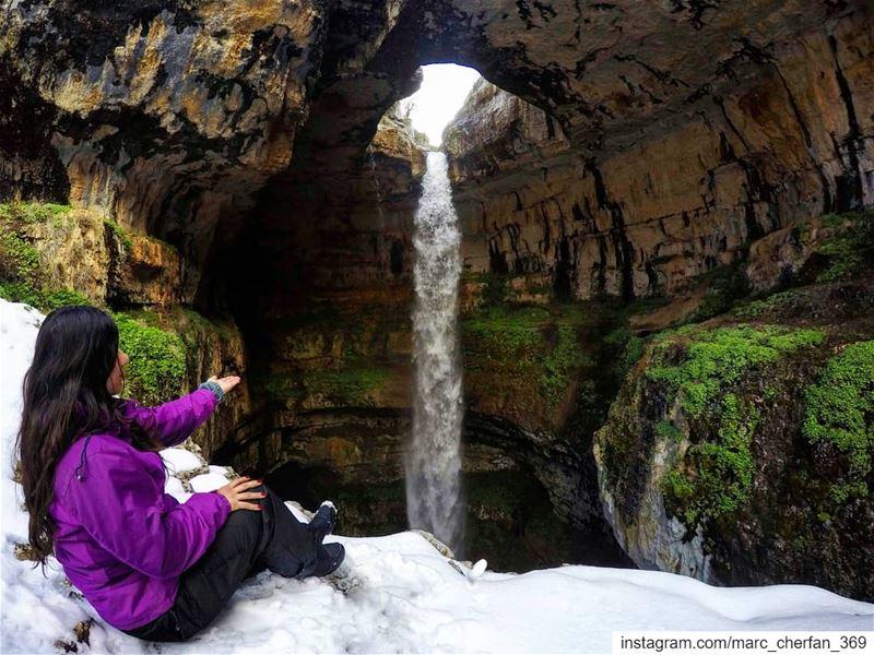 داب التلج و بان المرج ❄️🌱💦Can't get enough of this majestic place 😍... (Baatara gorge waterfall)