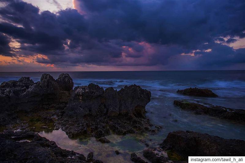 Rocky Sunset View 🌅------ sunset sunsetlovers sea rocks ... (Manara, Beirut)
