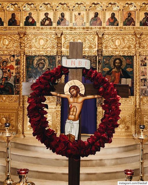 """""""اليوم علق على خشبة الذي علق الأرض على المياه"""".............. (Saint George Greek Orthodox Cathedral)"""