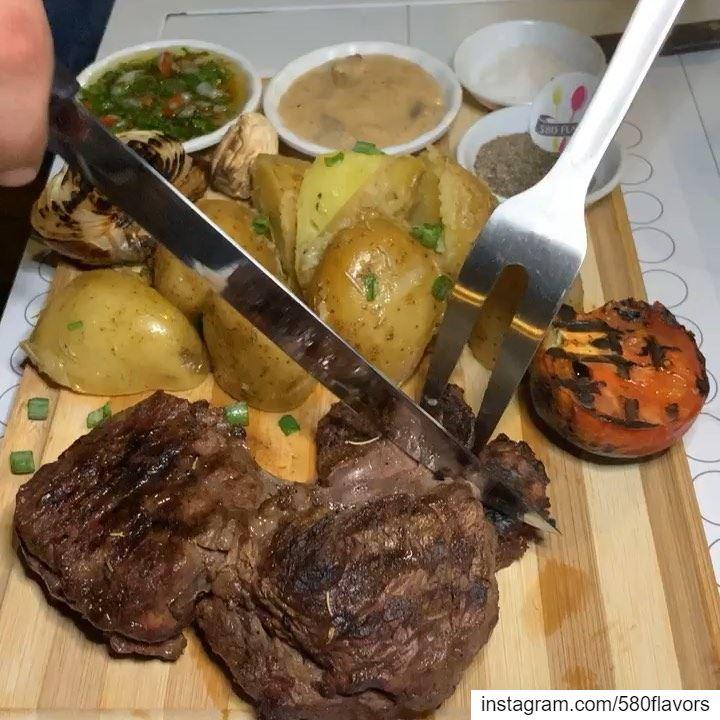Who's in for a tasty Ribeye 🥩 today?! 😍😍 @boroscafe bnachii zgharta .... (Boro's Resto/Cafe)
