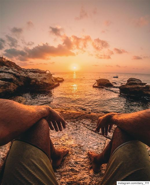 When the sun is setting, leave whatever you're doing and watch it 🌅Photo... (Batroûn)