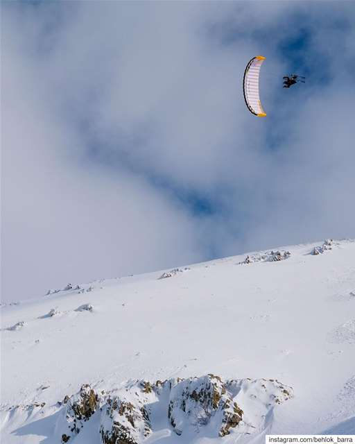 Gliding Between Clouds 🎿 🦅 speedriding speedflying ... (Mount Lebanon Governorate)
