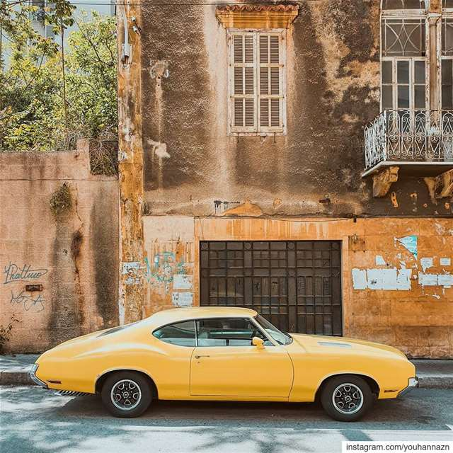 Old is gold 💛 lebanon americanmuscle livelovelebanon mustang ... (Achrafie)