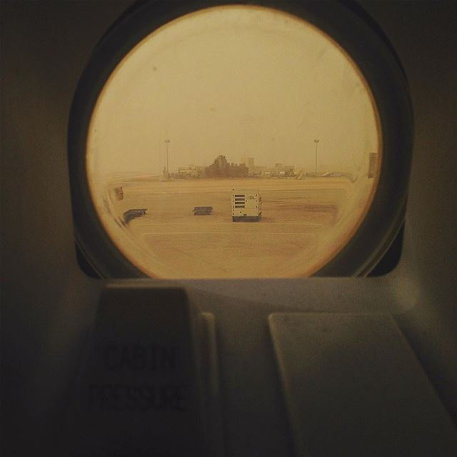 amman jordan sandstorm as clear as it can get cabin pressure airbus...