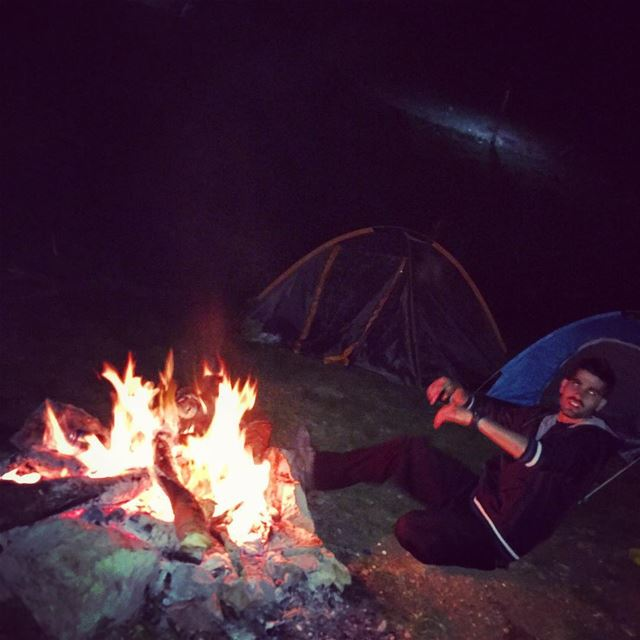 tb camp camping campfire fire moon reflection skyline... (Tannourine-Balou3 Bal3a)